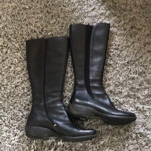 Like New Merril Tall Leather boot sz 10